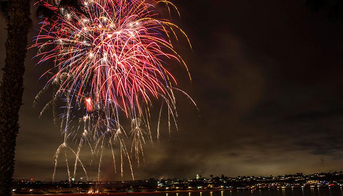 Dunes_Fireworks_05.jpg