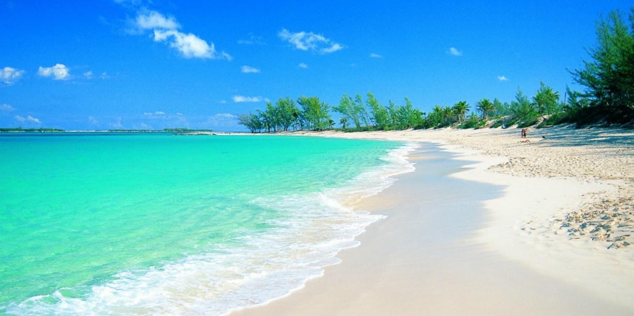 Bahamas Beach.jpg
