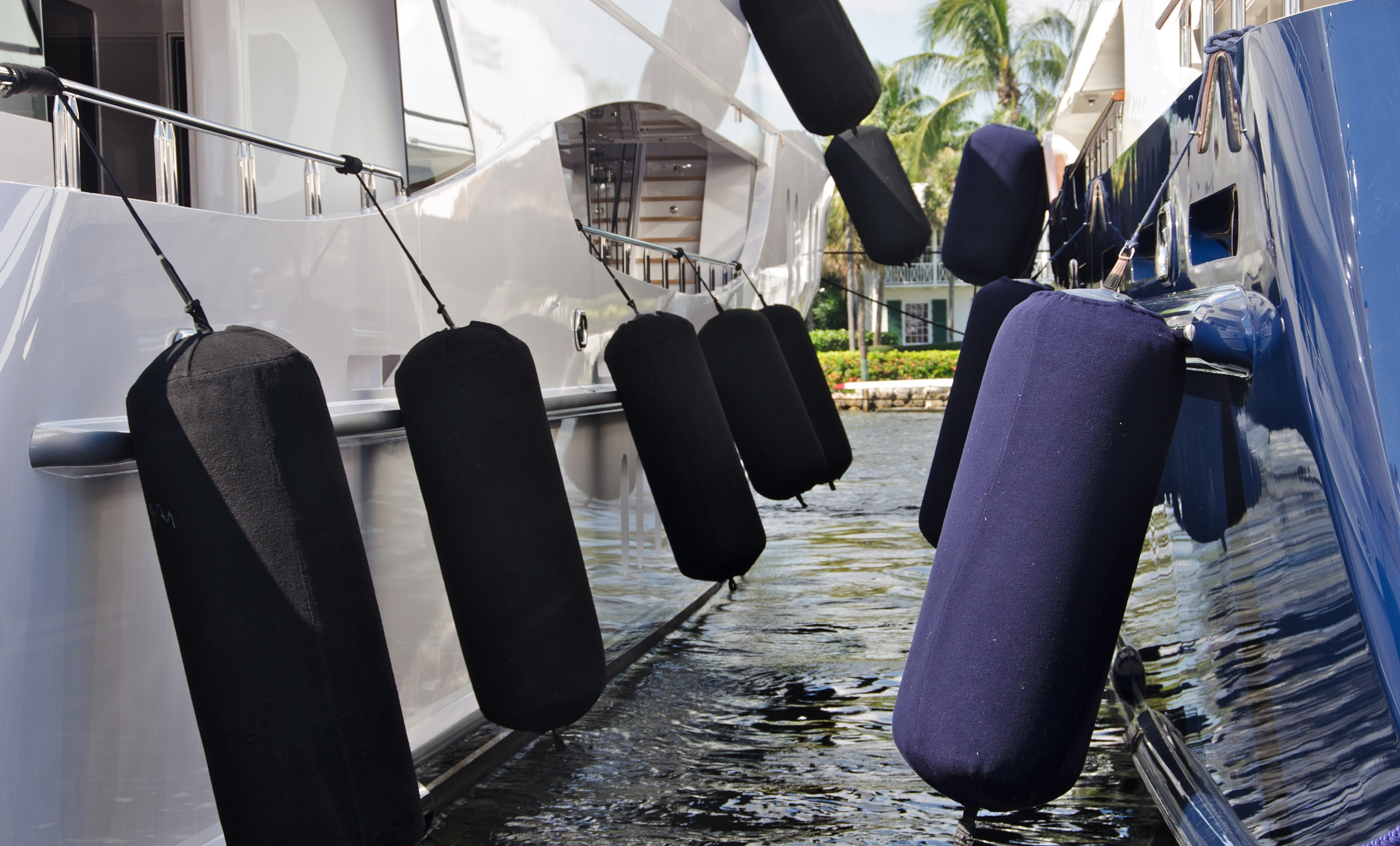 How to Dock a Boat: 7 Boat Handling Tips from a Former Dock Hand