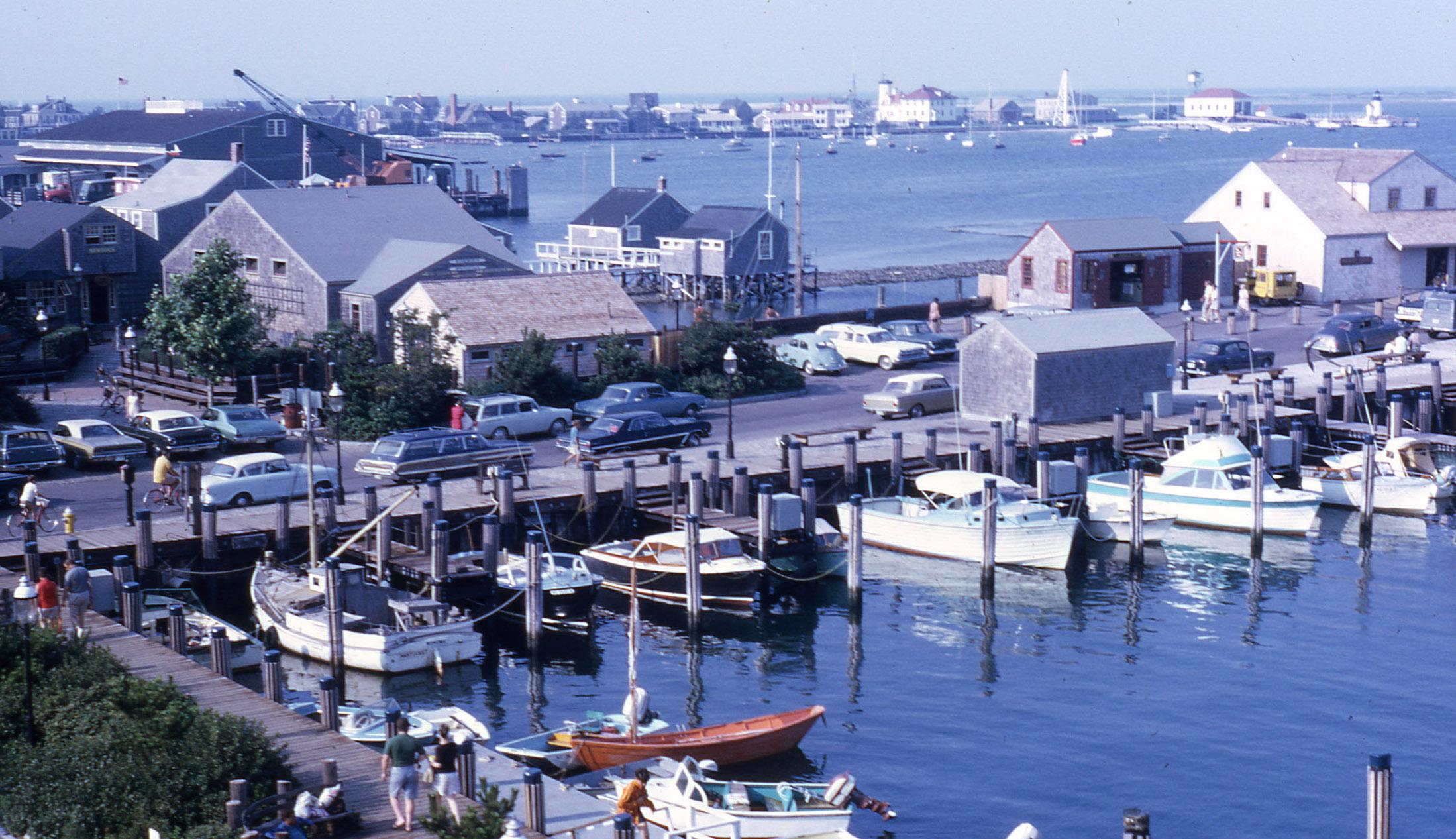 1969 Harbor Square.jpg