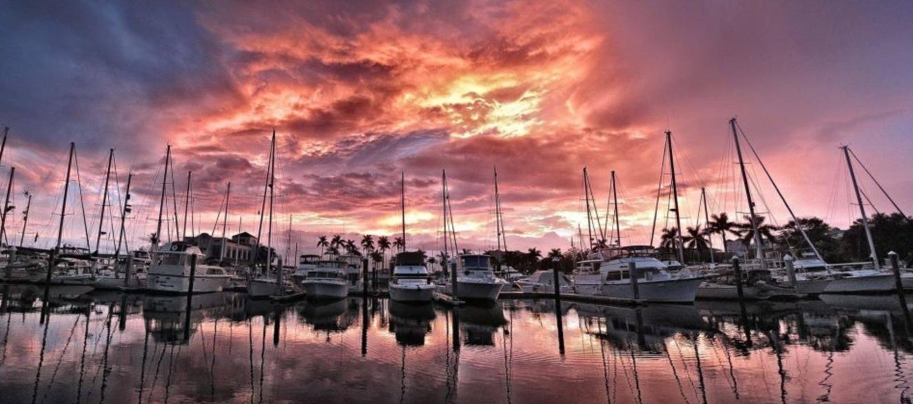 twin_dolphin_bradenton_florida_clean_marina