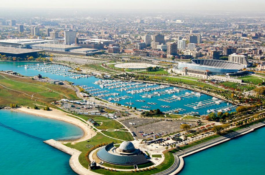 burnham_harbor_chicago_illinois_clean_marina